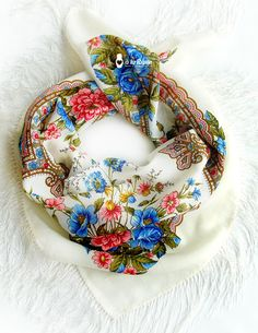 ♥ russisches Tuch á la Russe mit Blumenmuster   ♥ Russian scarf á la Russe