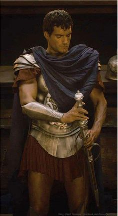 Shows Romans wore micro mini skirts a long long time ago. They knew about pants. Ancient Rome, Ancient Greece, Ancient Aliens, Henry Cavill Immortals, Superman, Roman Gladiators, Men Dress Up, Greek Warrior, Renaissance
