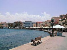 Chania, Kreta has a really nice harbor.
