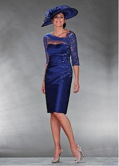 Cheap blue mother, Buy Quality mother of bride directly from China mother of bride dress Suppliers: Sexy See Through Corset Royal Blue Mother of the Bride Dresses with Sleeves 2017 Beaded Lace Mother of the Groom Short Gowns Mother Of The Bride Gown, Mother Of Groom Dresses, Bride Groom Dress, Groom Outfit, Bride Gowns, Mothers Dresses, Mother Bride, Knee Length Dresses, Short Dresses