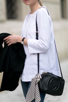Hexeline shirt / Topshop denim / H&M shoes (similar here and here) / Totême scarf / Gucci bag / Oroton watch