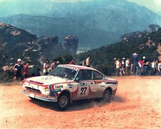 Vaclav Blahna & Pavel Schovanek Skoda 130 RS Acropolis Rally 1981 Acropolis, Rally Car, Old Cars, Bmw, Classic, Vehicles, Legends, Image, Motosport