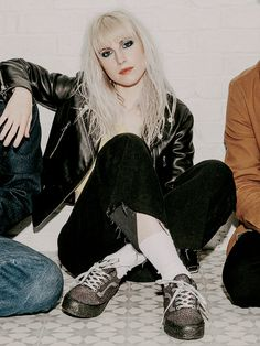 I post pictures of Paramore