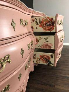 Decoupage Furniture, Chalk Paint Furniture, Hand Painted Furniture, Refurbished Furniture, Repurposed Furniture, Shabby Chic Furniture, Furniture Projects, Furniture Makeover, Diy Furniture
