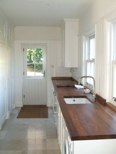 utility room off my dream kitchen for washing machine, drier, handwashing (once a year!) etc x Wood countertops. Cottage Shabby Chic, Laundry Room Inspiration, Kitchen Utilities, Up House, Home Kitchens, Kitchen Remodel, Sweet Home, New Homes, House Design