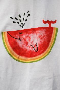Tamanho: 8 Tema: Fruta Caso queira encomendar uma camiseta, tenha certeza que esta será feita com muito carinho em camiseta de qualidade superior (100%algodão, malha 30.1) e tintas específicas para tecido. Encomendas: As encomendas são baseadas em tema e o desenho é exclusivo criado pela artista Talita.  Ao encomendar uma camiseta parecida com esta, o cliente fica ciente que a peça produzida só será visualizada quando o produto for entregue pelo correio. A camiseta não pode ser trocada. R$…
