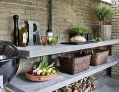 Een #veranda of #outdoor #living past uitstekend bij de #trends voor het #buitenleven in 2016. Een fraaie terrasoverkapping stelt je in staat om gedurende het gehele jaar te genieten van het buitenleven. Combineer dit met een mooi #loungeset en je aankoop is compleet.
