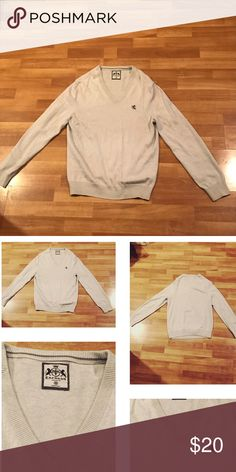 🔱Express Men Sweater🔱 In very great condition👦🏻💫 Express Sweaters V-Neck