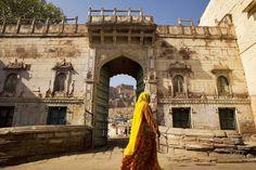 A #royal entry awaits you at #Raas #Jodhpur #Rajasthan! A perfect #RareIndia #DelhiGetaway!  #Explore More: http://bit.ly/1qNsvKP