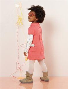 Delante o detrás, ¡no importa! ¡El #vestido de #trenzas se lleva en los dos sentidos!  Elige tu lado preferido: 1 trenza grande visual o 2 trenzas pequeñas Además, es muy #cálido y #cómodo