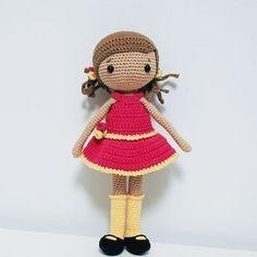 Muñeca amigurumi. Amigurumi doll. Patrón: La Crocheteria.