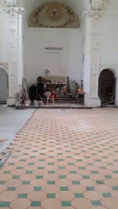 Pavimento in Cotto Siciliano COMED Ceramiche / Flooring Cotto Siciliano handmade #cottosiciliano #flooring #COMEDCeramiche #terracotta #palermo #sicily