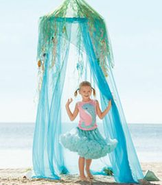 Chasing Fireflies under the sea tent - Stylehive to put over the crib.  sc 1 st  Pinterest & Light-Up Under-the-Sea Bed Tent | Decor | Addilynnu0027s Bedroom Ideas ...