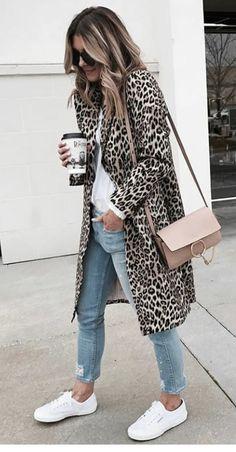 Amazing leopard cardigan leopard fashion,leopard style,leopard editorial,leopard - The Fashion United Fashion Mode, Look Fashion, Winter Fashion, Womens Fashion, Fashion Trends, Classic Fashion Outfits, Fashion Ideas, Nyc Fashion, Fashion 2018