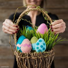 Make felt Easter eggs for your Easter egg hunt or as adorable party decor! This easy sewing project is perfect for beginning seamstresses and curious kiddos