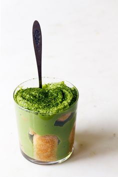Or, matcha-misu. Or, match-out-i'mma-eat-all-of-it. I was going along with our 'no bake' summer desserts plans, and I was brainstorming recipe ideas for y'all the other day while sipping a matcha latte.