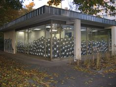 Work No. 360 Half the air in a given space 2004 Silver balloons