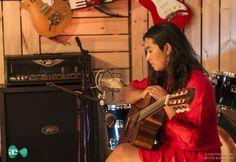"""Fabiola Gonzales """"La Chinganera"""" en AE Sessions 2014 - 2015 - Fotografías cortesía de Pic & Share"""