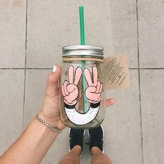 To celebrate the nationwide launch of Cold Brew, we invited California pop artist Steven Harrington to create 60 hand-painted mason jars. The exclusive collection mirrors the small batch of Cold Brew crafted for each Starbucks store each day. Thank you to @wesleybird for sharing this photo of her mason jar!
