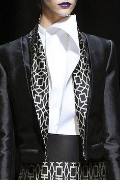 Haider...so good...love the collar and the print!