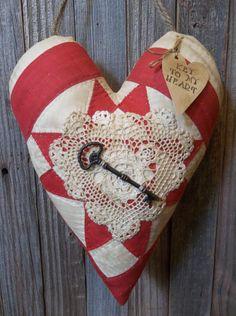 Primitive Antique Cutter Quilt Heart Door Greeter/Peg Hanger-Winter/Valentines