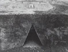 The Observatory is a land-art piece by Robert Morris located in Flevoland, . Monumental Architecture, Sacred Architecture, Robert Morris, Solar Time, Ephemeral Art, James Turrell, Process Art, Art Plastique, Installation Art