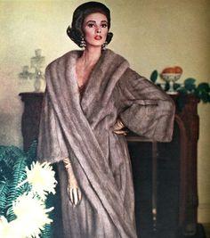 Dutch born supermodel Wilhelmina Cooper for the Evans Fur Company, Vogue US August 1963