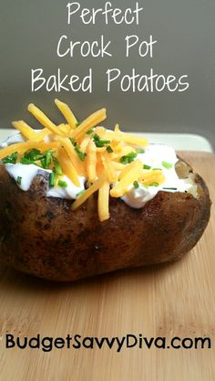 Crock Pot Baked Potatoes!! Perfect for those summer grilling days, better than microwaving, and no hot oven on!