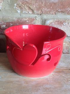 Red yarn bowl with Heart cut out design by Earth Wool & Fire. Earthwoolfire.tumblr.com Pottery Designs, Pottery Art, Yarn Bowl, Air Dry Clay, Polymer Clay Art, Knitting Yarn, Ceramic Art, Crafts To Make, Crochet
