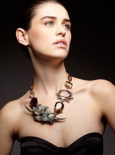 84_1kevinmichaelreed_portfolio_14_model_jewelry_photography.jpg 890×1,200 pixels