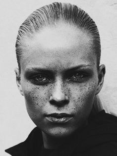 Style - Minimal + Classic: natural beauty & freckles/ Sam Hessamian