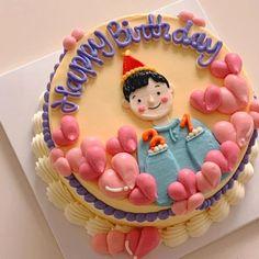 Pretty Birthday Cakes, Pretty Cakes, Happy Birthday, Birthday Cake Decorating, Cake Decorating Tips, Mini Cakes, Cupcake Cakes, Simple Cake Designs, Korean Cake