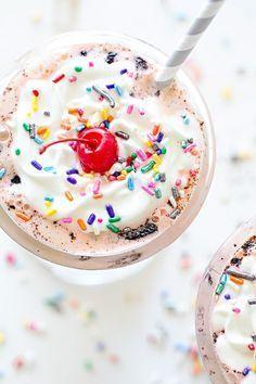 Oreo neopolitan milkshake