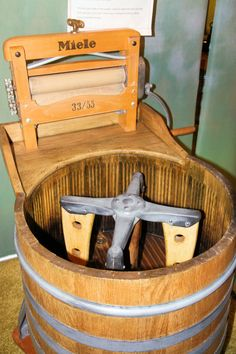 Miele Washing Machine with Wringer. Shown in the Miele Company Museum, Gutersloh, Germany. Vintage Laundry, Vintage Kitchen, Clothes Line, Washing Clothes, Antique Washing Machine, Retro, Vintage Appliances, Wash Tubs, Picture Collection