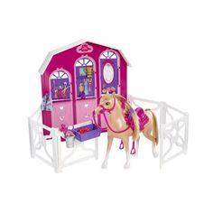 Barbie paardenstal met paard. Vele uren speelplezier voor echte paardenliefhebbers. In de paardenstal van Barbie staat het paardje trappelen van ongeduld om de wei in te gaan! Compleet met accessoires. Speel nu je favoriete filmscènes zelf na!  #speelgoed #toys