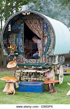 Stock Photo - Gypsy Vardo Traditional gypsy caravan with Romany sitting inside - Stock Photo Gypsy Home, Bohemian Gypsy, Gypsy Style, Bohemian Decor, Gypse, Gypsy Trailer, Gypsy Culture, Gypsy Living, Shepherds Hut