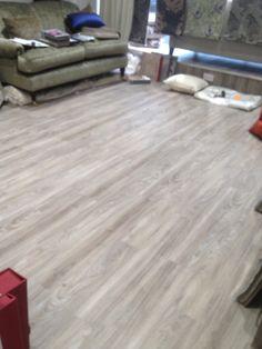 Black wood planks non slip vinyl flooring kitchen for Cheap lino flooring and fitting
