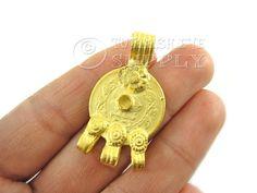 22K Gold Plated Brass Coin Focal Pendant por turkisheyesupply