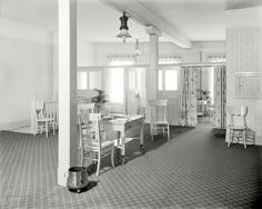 (c. 1915) E.M. Bigsby Co. showrooms, restroom, third floor - Detroit