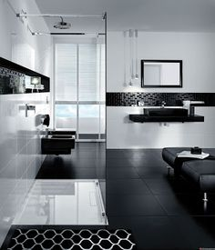 Black And White Bathroom Design Black White Modern Bathroom Design Black And White Interior, White Interior Design, Black And White Tiles, Contemporary Interior, White Walls, Simple Bathroom Designs, Modern Bathroom Design, Bathroom Interior Design, Retro Bathrooms
