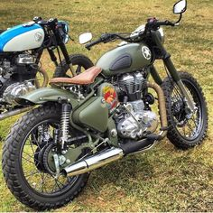 Royal Enfield Best Modifications - everyone loves modified royal enfield bikes , watch below some of the best modified royal enfield of all times. Vintage Bikes, Vintage Motorcycles, Custom Motorcycles, Custom Bikes, Cheap Motorcycles, Royal Enfield Thunderbird Modified, Royal Enfield Modified, Enfield Bike, Enfield Motorcycle