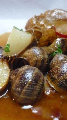 Pieds de porc et escargots sauce médiévale - Peus de porc amb cargols