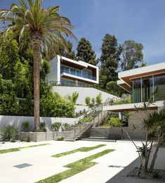 Belzberg Architects Group » Sunset Plaza Residence