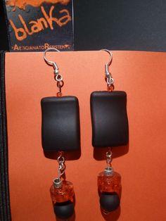 Per chi ama ..il nero ed il rosso..Orecchino Cool hand made by me  http://www.alittlemarket.it/orecchini/orecchini_cool_-2168877.html