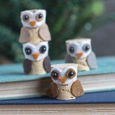 Baby owls! Make these little cuties from cork and felt bits. #diy #kidscrafts #makersmovement #felt #feltcrafts #cutenessoverload