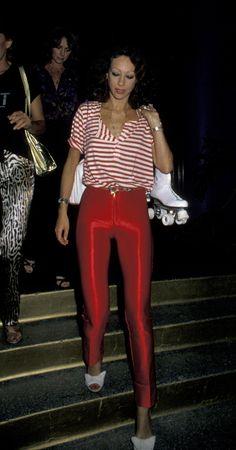 Marisa Berenson à l'anniversaire de Jacqueline Bisset en 1979 http://www.vogue.fr/mode/inspirations/diaporama/icnes-le-style-des-party-girls/23979#marisa-berenson-lanniversaire-de-jacqueline-bisset-en-1979