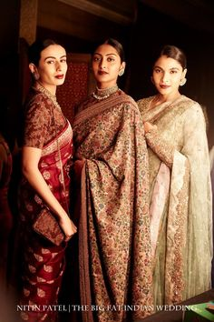 This evening, Sabyasachi kicked off the India Couture Week with an ode to being hipster. A vintage, hipster Indian collection. If anyone can take Indian fashion and blend into an array of delight. Sabyasachi Sarees, Indian Sarees, Pakistani, Sabyasachi Designer, Designer Sarees, Big Fat Indian Wedding, Indian Bridal, India Fashion, Asian Fashion