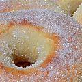 N'ayant pas de friteuse et ne raffolant pas de tout ce qui est frit, mais adorant les beignets, voici une recette de beignets au four,...