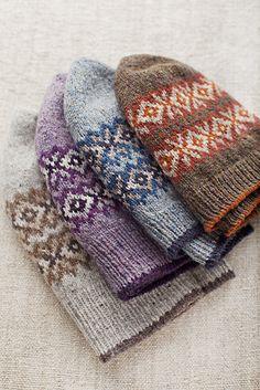 Seasons Hat - pattern from Brooklyn Tweed Fair Isle Knitting, Hand Knitting, Knitting Patterns, Crochet Patterns, Hat Patterns, Bonnet Crochet, Knit Crochet, Crochet Hats, Brooklyn Tweed