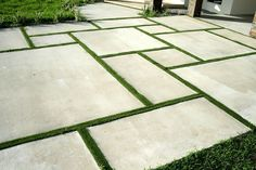Backyard landscaping concrete pavers Perfect Patio Paver Design Ideas - home/home Concrete Patios, Cement Pavers, Grass Pavers, Outdoor Pavers, No Grass Backyard, Paver Walkway, Driveway Pavers, Garden Pavers, Poured Concrete Patio